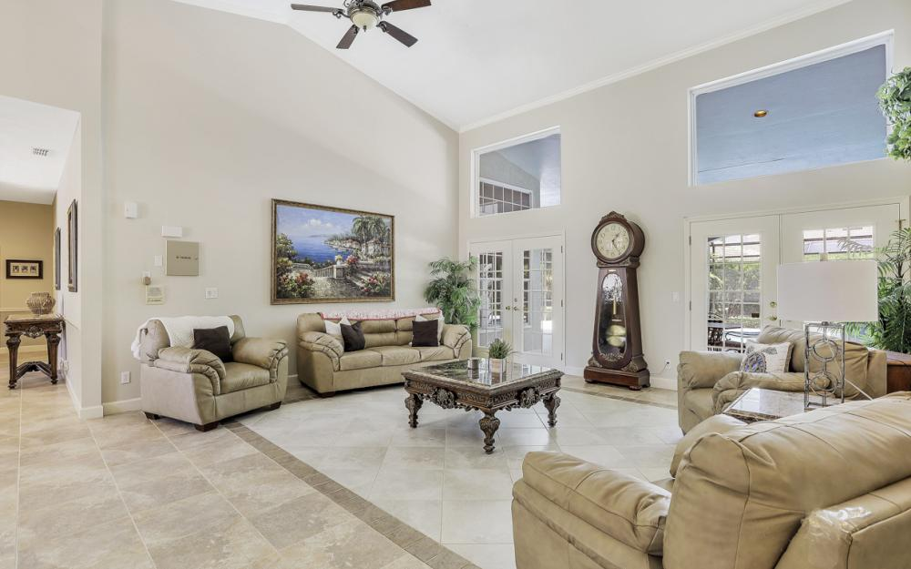 16 Catalpa Court, Fort Myers - Home For Sale 519437720
