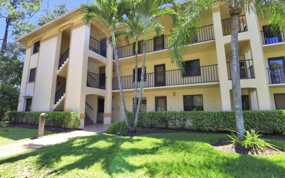 5767 Deauville Cir Apt D301, Naples - Condo For Sale 314994982