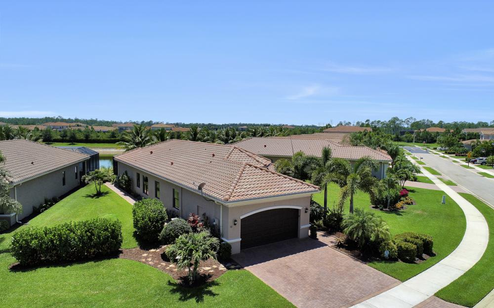 3358 Baltic Dr, Naples - Home For Sale 495017634