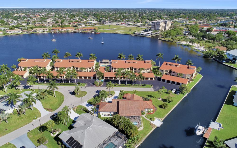 5125 Sunnybrook Ct, Cape Coral - Home For Sale 1469273101