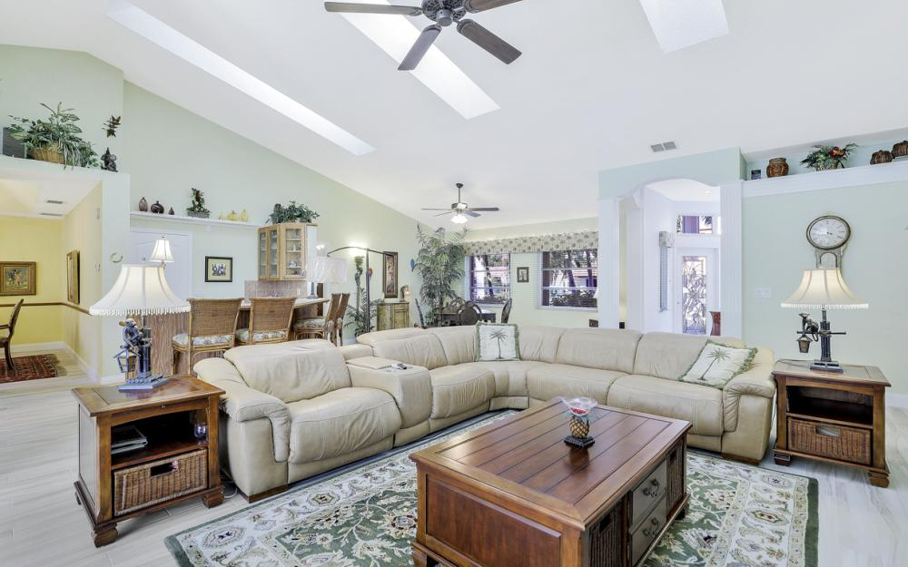 5125 Sunnybrook Ct, Cape Coral - Home For Sale 823358938