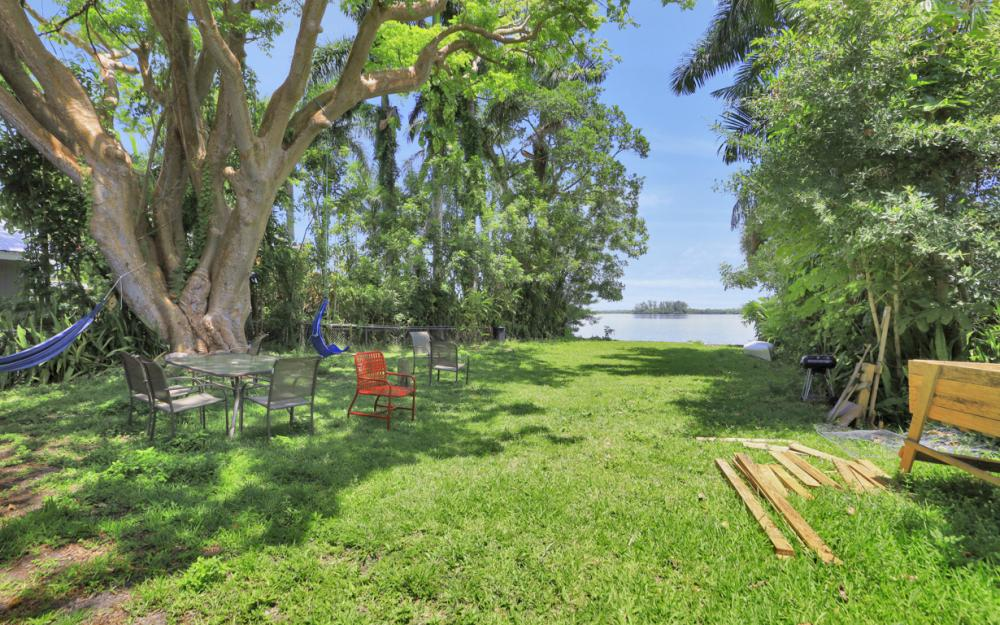 4515 E Riverside Dr, Fort Myers - Home For Sale 787962229