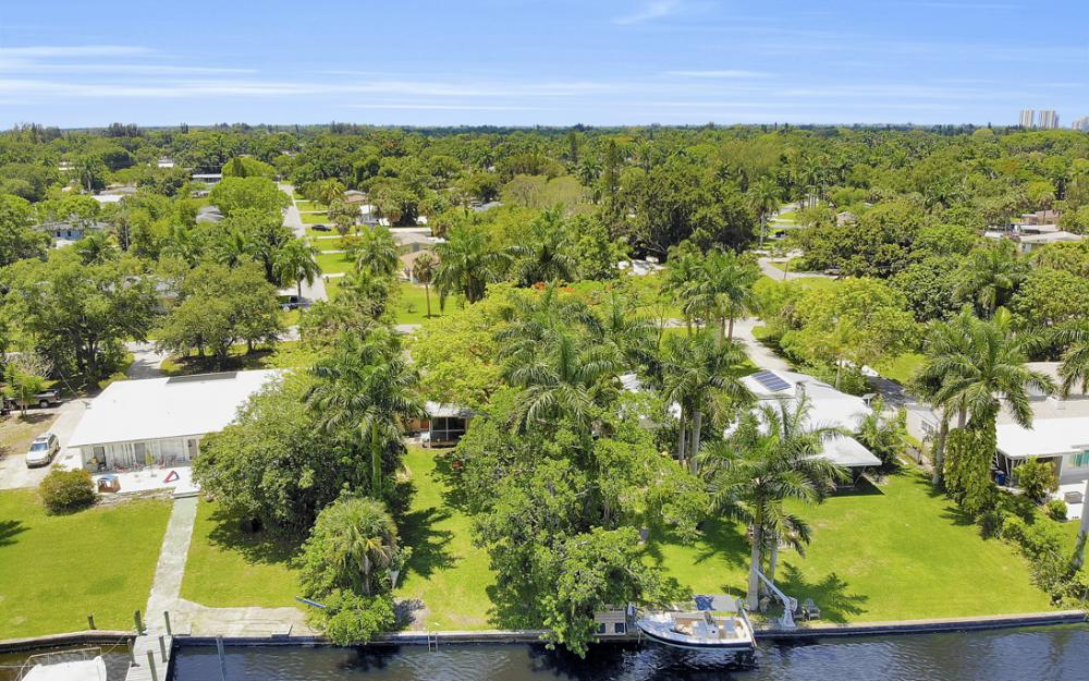 4515 E Riverside Dr, Fort Myers - Home For Sale 1814720095
