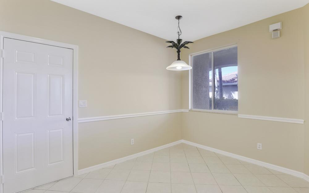9717 Roundstone Cir, Fort Myers - Home For Sale 1588398304