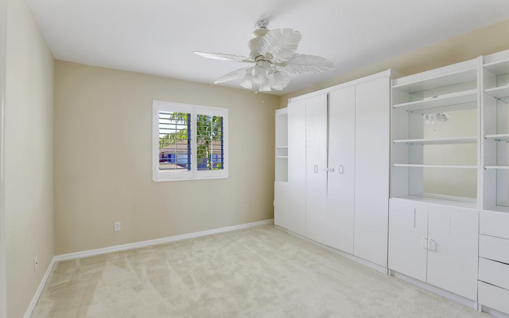 9717 Roundstone Cir, Fort Myers - Home For Sale 911283985
