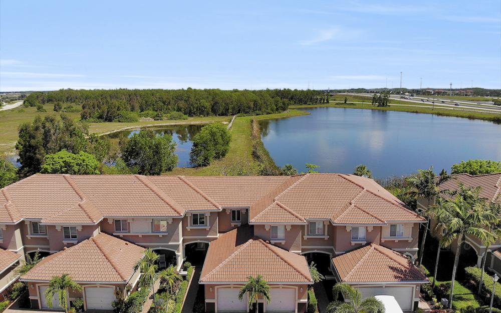 9717 Roundstone Cir, Fort Myers - Home For Sale 1544348011