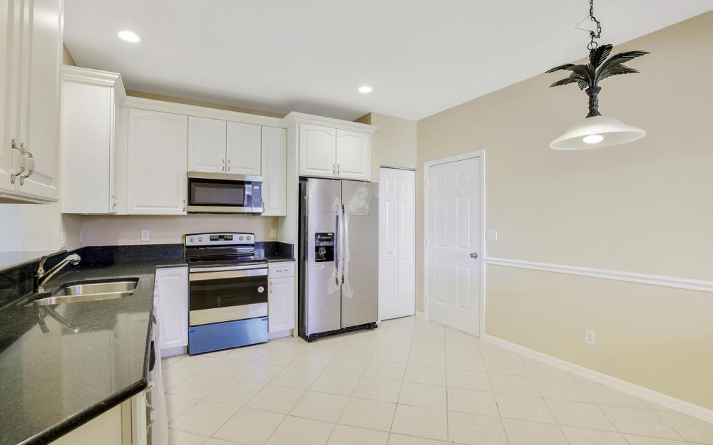 9717 Roundstone Cir, Fort Myers - Home For Sale 1508460572