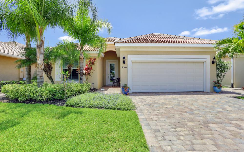 8500 Benelli Ct, Naples - Home For Sale 611632795