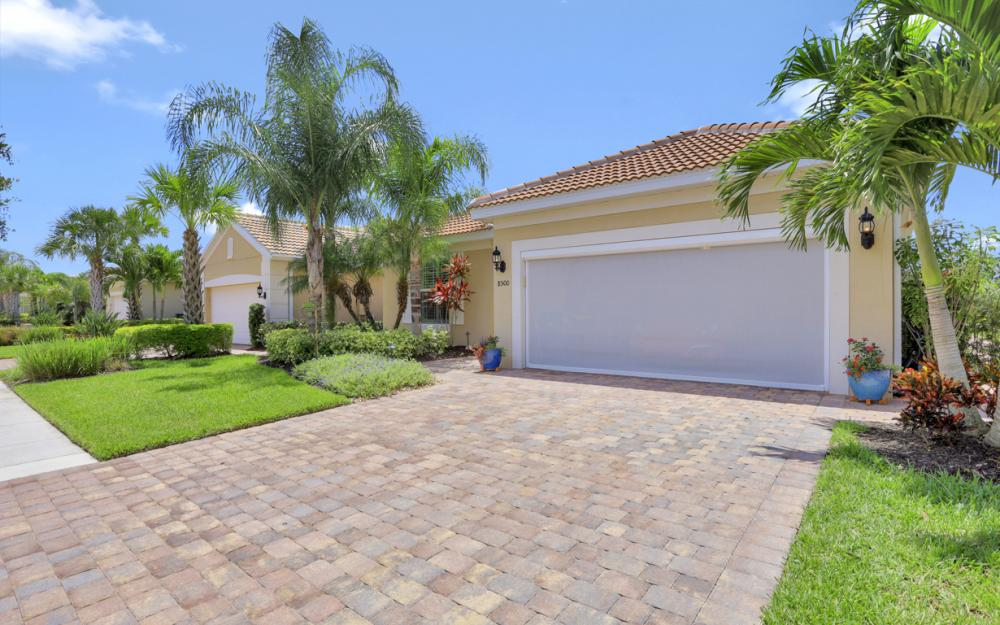 8500 Benelli Ct, Naples - Home For Sale 136282504