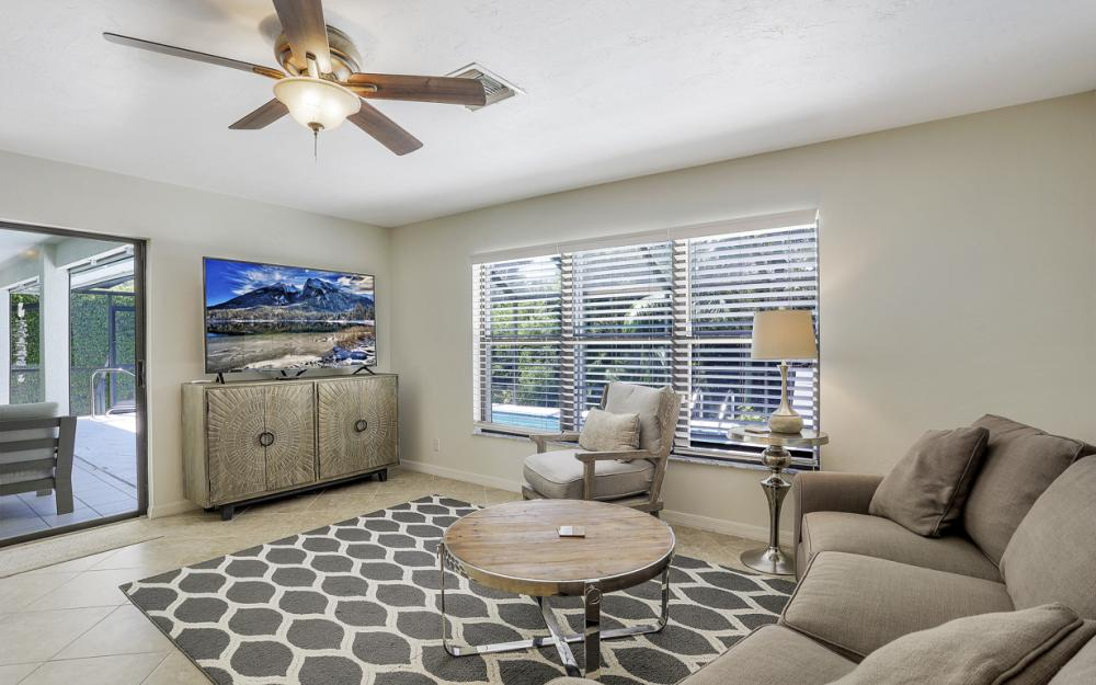 364 Colonial Dr, Marco Island - Vacation Rental  1158067376