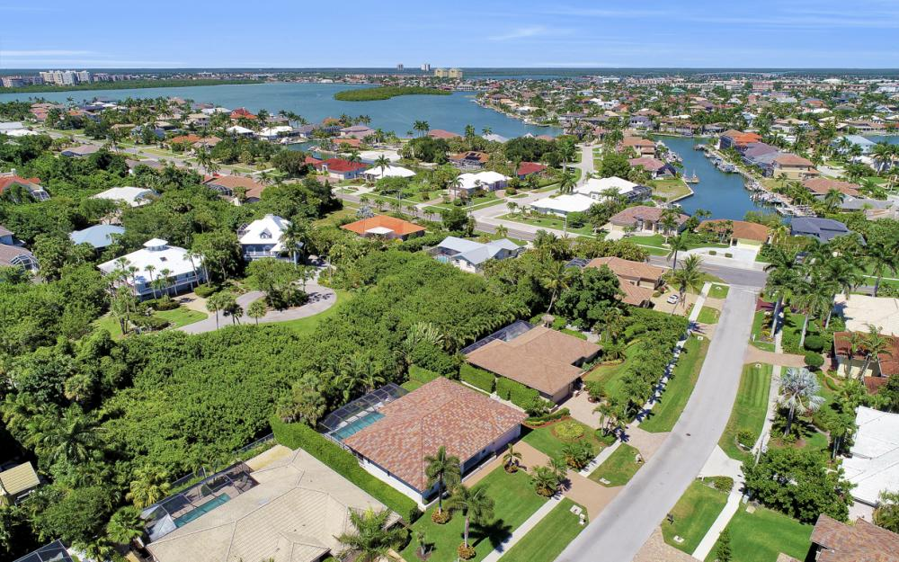 364 Colonial Dr, Marco Island - Vacation Rental  2059893846
