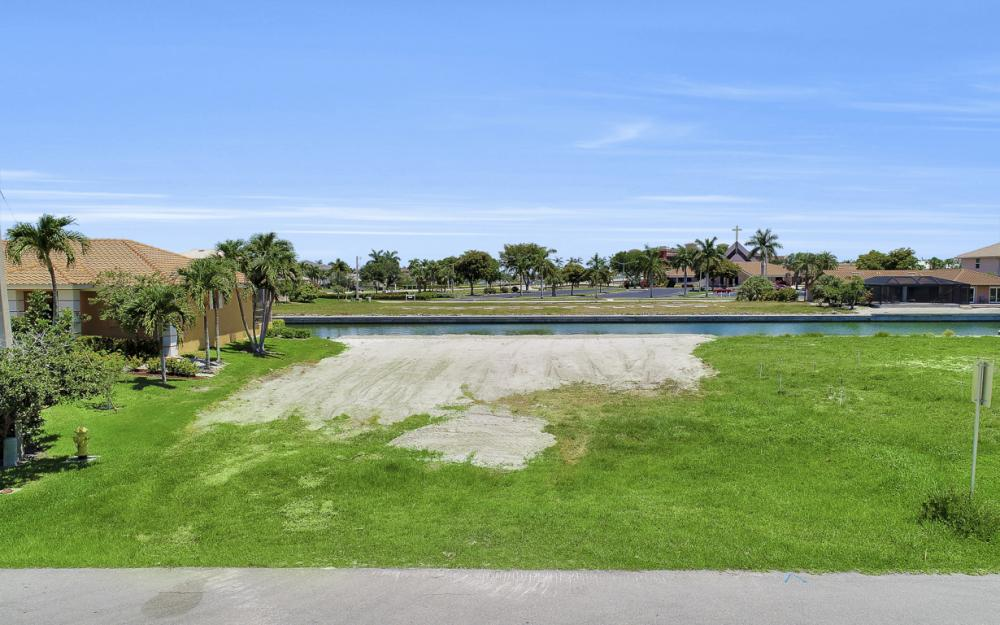 772 Milan Ct, Marco Island - Lot For Sale 1892428221