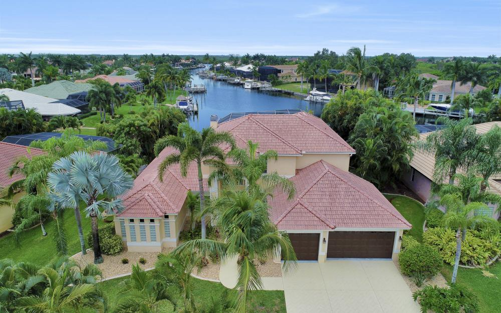 2002 El Dorado Pkwy W, Cape Coral - Home For Sale 2054832383