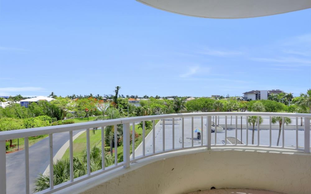 440 Seaview Ct #403, Marco Island - Condo For Sale 1924034761