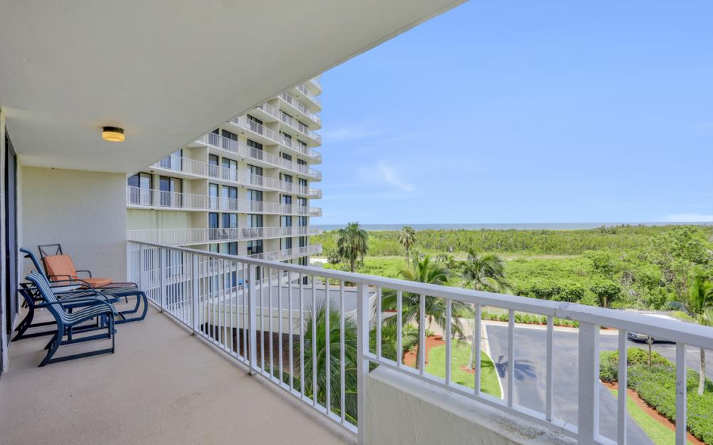 440 Seaview Ct #403, Marco Island - Condo For Sale 738110053