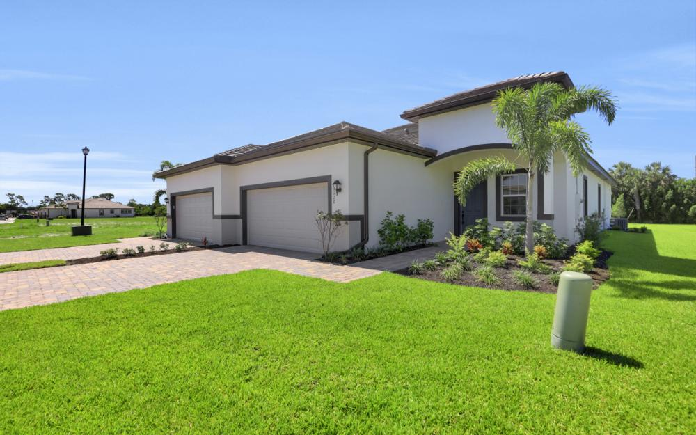 1120 South Town and River Drive, Fort Myers - Home For Sale 1420756102