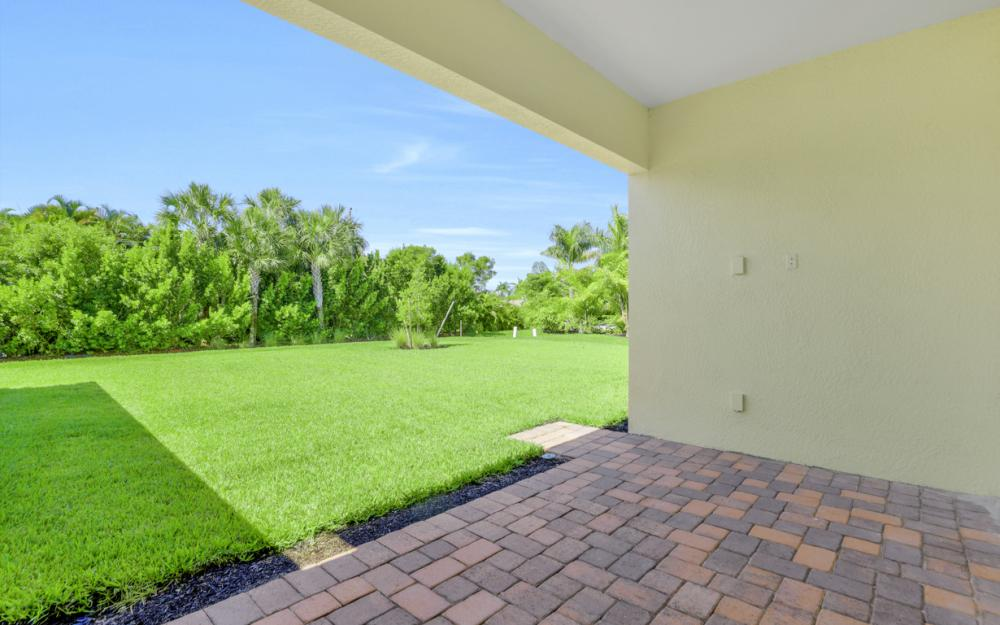 1120 South Town and River Drive, Fort Myers - Home For Sale 1712854442