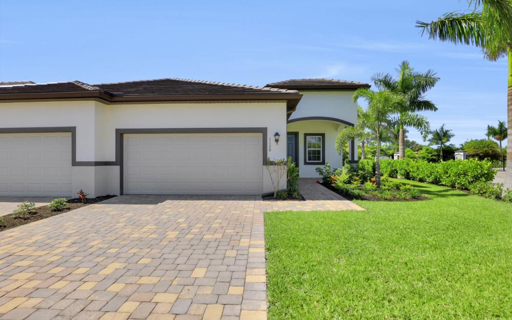 1120 South Town and River Drive, Fort Myers - Home For Sale 929406137