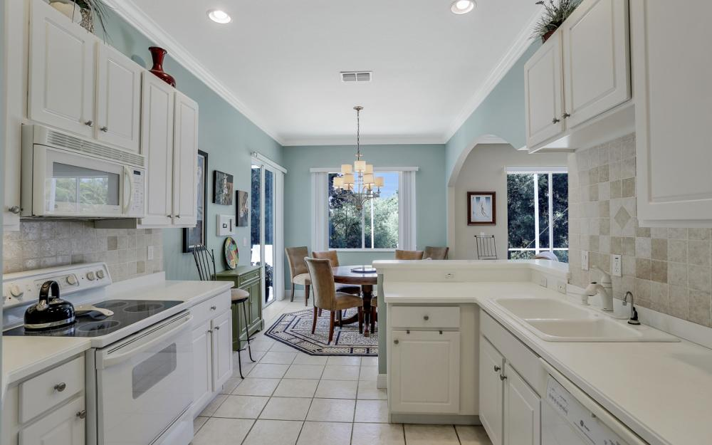 28388 Hidden Lake Dr, Bonita Springs - Home For Sale 186991741