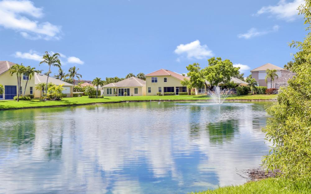 28388 Hidden Lake Dr, Bonita Springs - Home For Sale 921505587