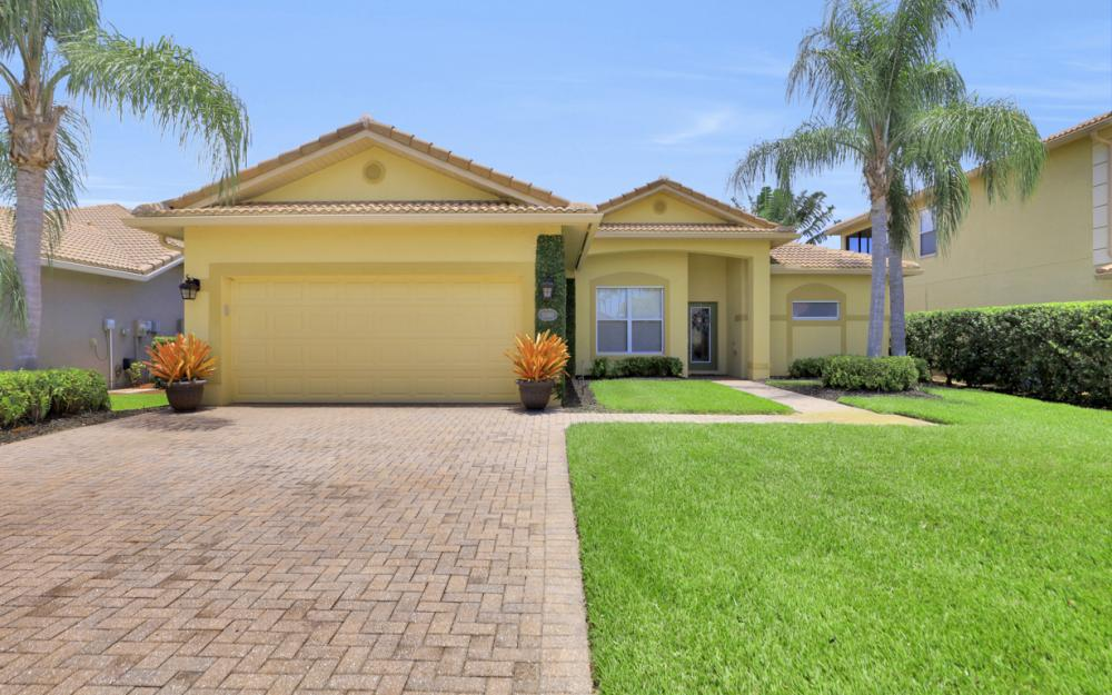 20685 Torre Del Lago St, Estero - Home For Sale 127715729