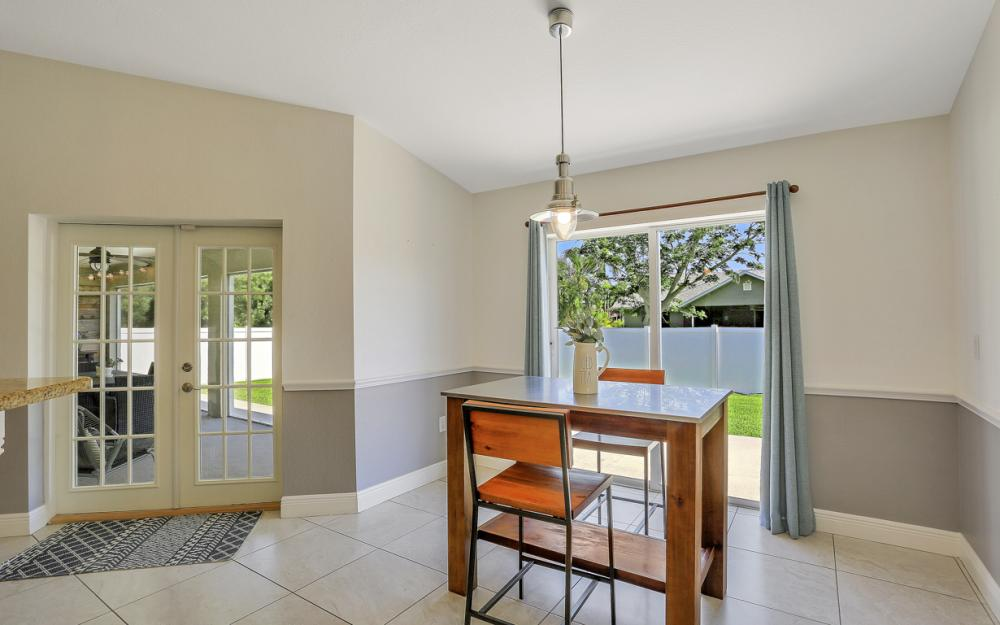 621 SW 11th St, Cape Coral - Home For Sale 663883898