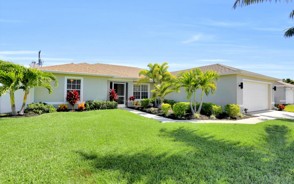 621 SW 11th St, Cape Coral - Home For Sale 1778226475