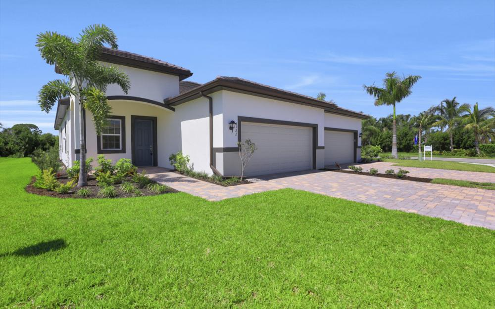 1122 South Town and River Dr, Fort Myers - Home For Sale 807271679