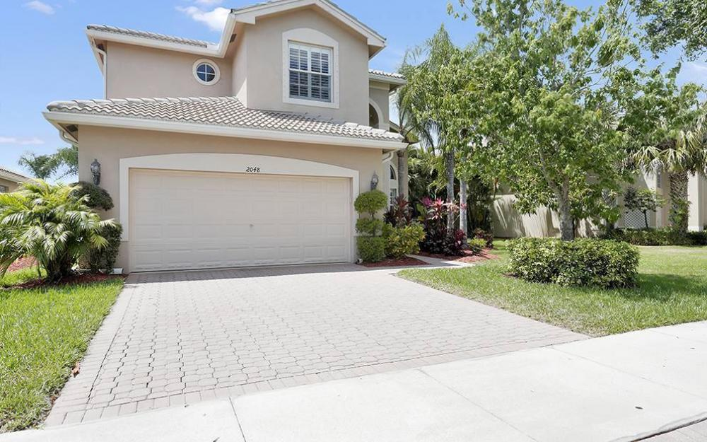 2048 Isla De Palma Cir, Naples - House For Sale 490683922