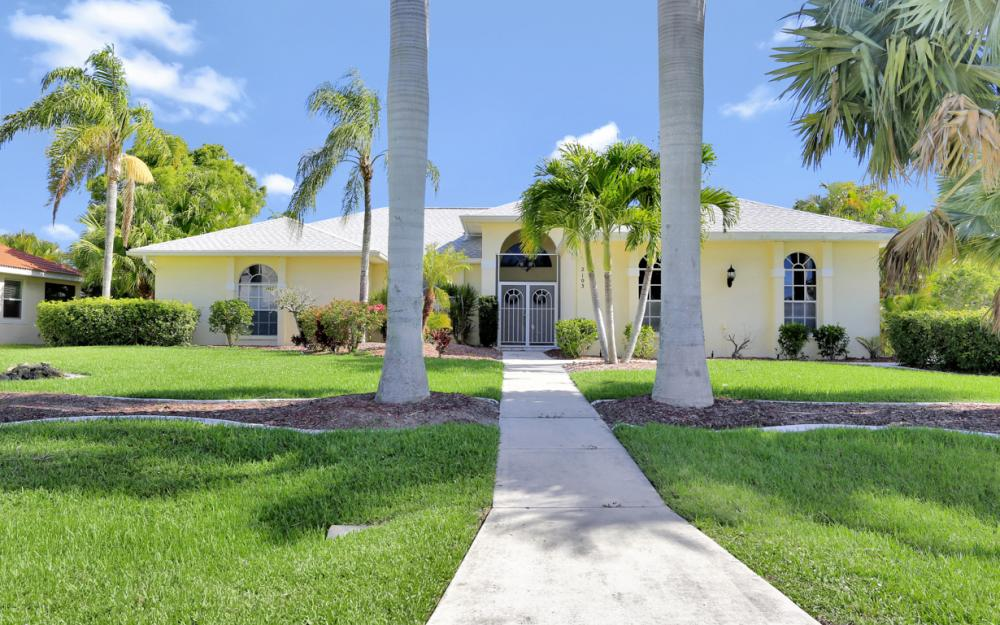 2103 SW 52nd Ln, Cape Coral - Vacation Rental 827233078