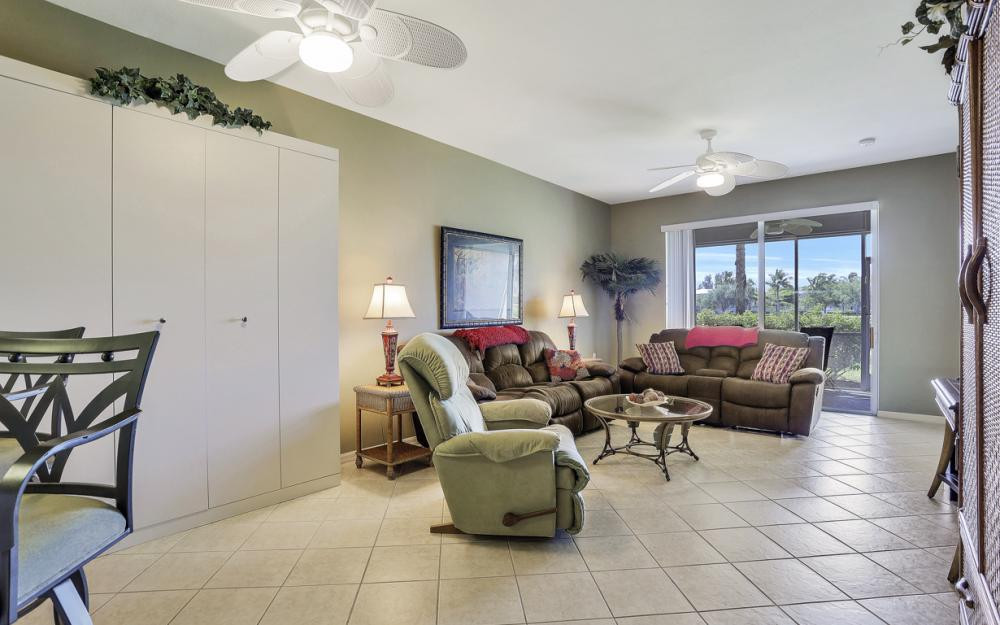 16675 Lake Cir Dr #914, Fort Myers - Condo For Sale 1329209460