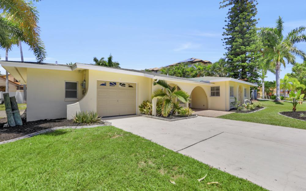 4948 Normandy Ct, Cape Coral - Home For Sale 1648390019