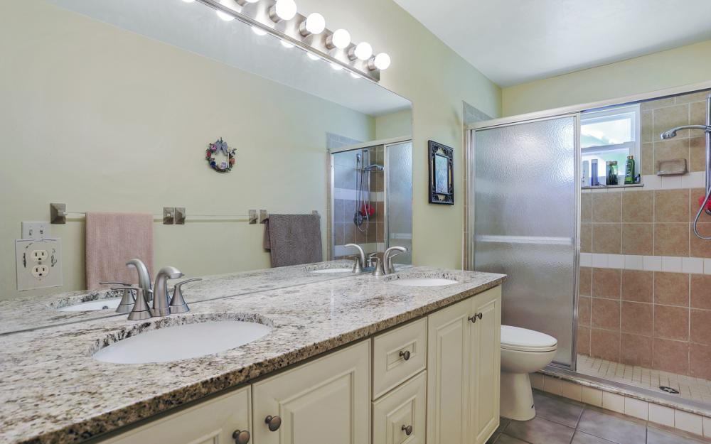 25608 Stillwell Pkwy, Bonita Springs - Home For Sale 1927111111