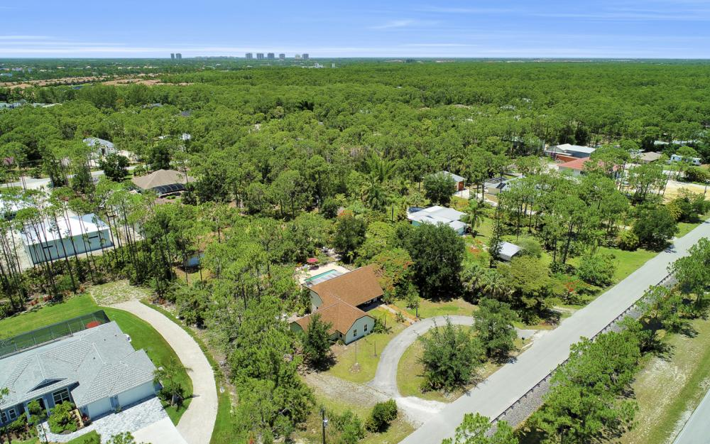 25608 Stillwell Pkwy, Bonita Springs - Home For Sale 1897702122