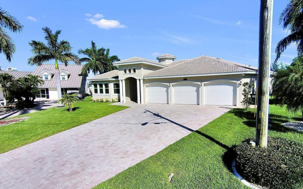 2319 SW 45th Ter, Cape Coral - House For Sale 580339047