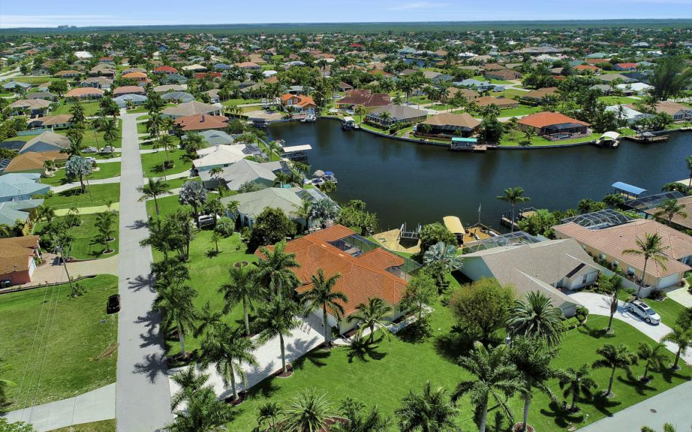 4926 SW 21st Pl, Cape Coral - Vacation Rental 819180526