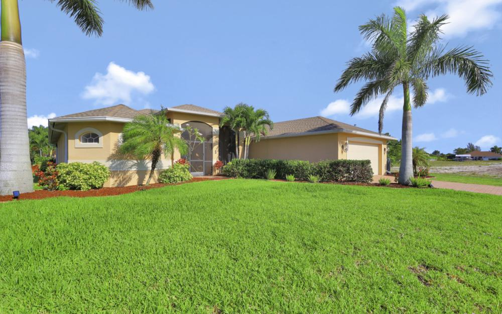 12 NW 38th Ave, Cape Coral - Home For Sale 1263764668