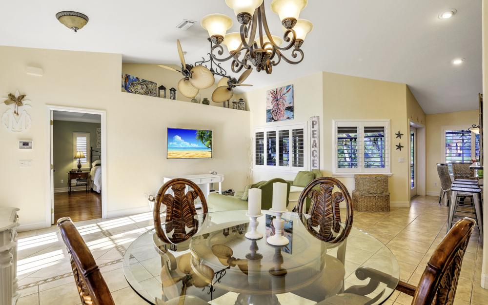 12 NW 38th Ave, Cape Coral - Home For Sale 250712184
