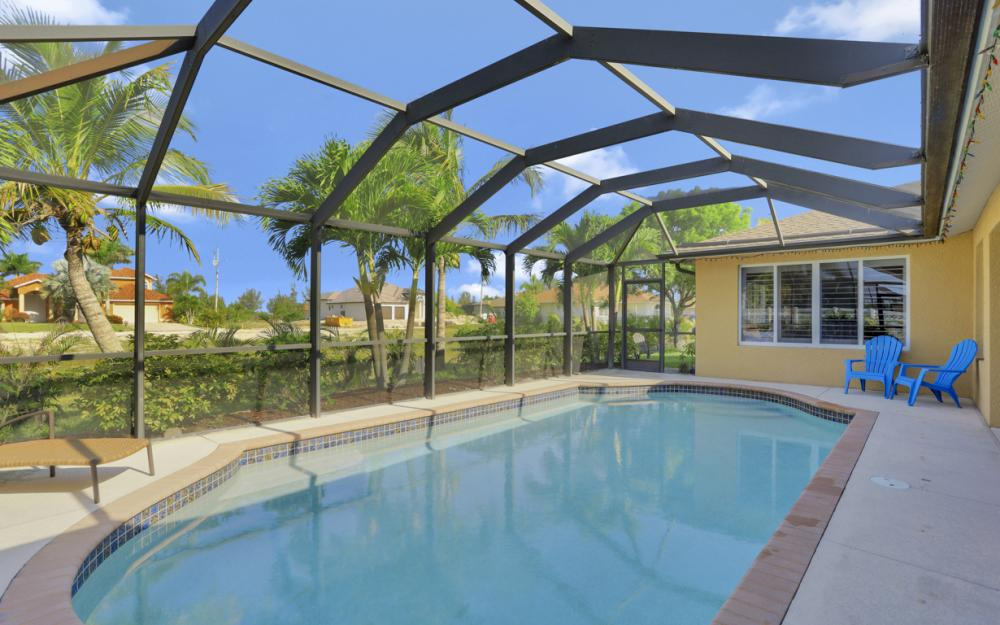 12 NW 38th Ave, Cape Coral - Home For Sale 1576546429