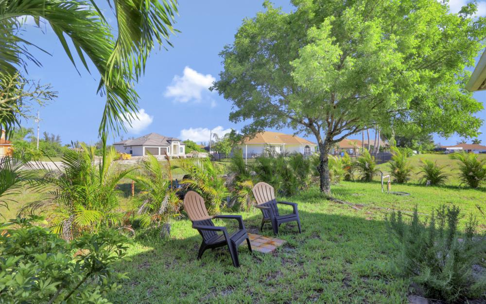 12 NW 38th Ave, Cape Coral - Home For Sale 1305246999