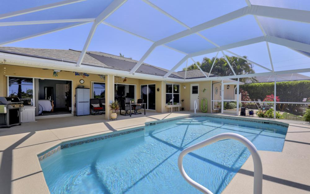 2426 NW 15th St, Cape Coral - Home For Sale 2138678218