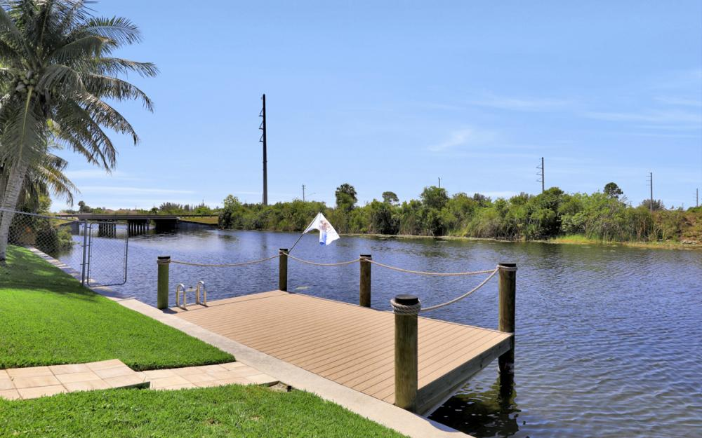2426 NW 15th St, Cape Coral - Home For Sale 2081513882