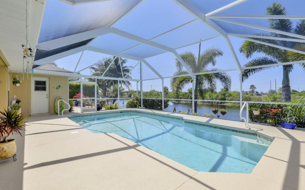 2426 NW 15th St, Cape Coral - Home For Sale 783565574