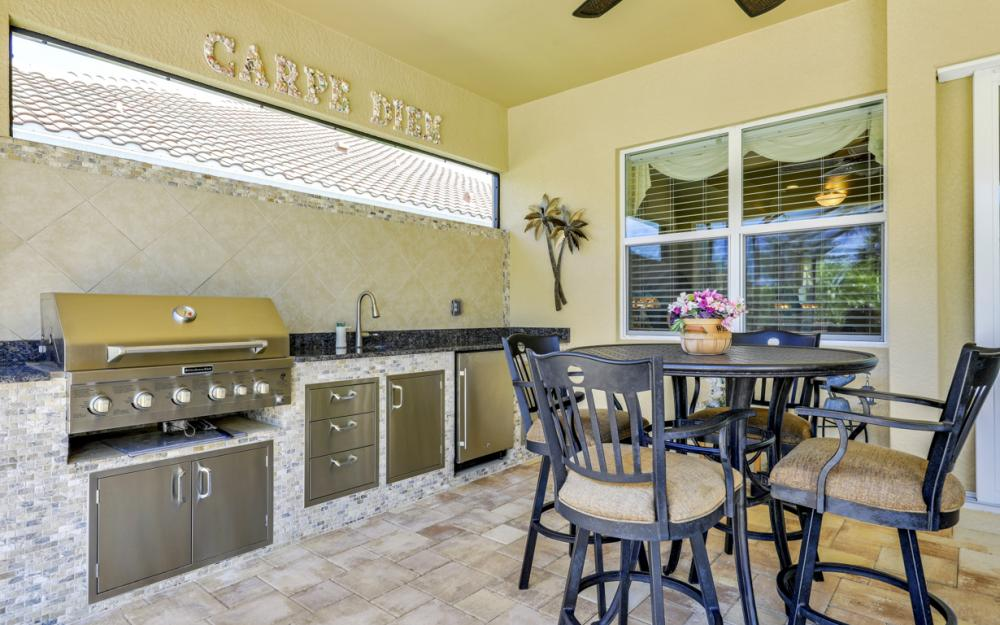 9294 Quarry Dr, Naples - Home For Sale 718915356