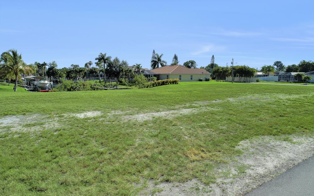 309 SW 47th St, Cape Coral - Lot For Sale 1178120081