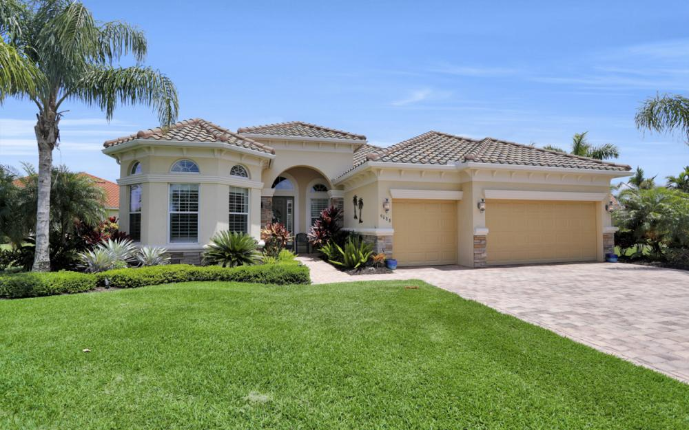 9088 Graphite Cir, Naples - Home For Sale 286885322