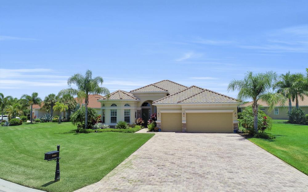 9088 Graphite Cir, Naples - Home For Sale 582486490