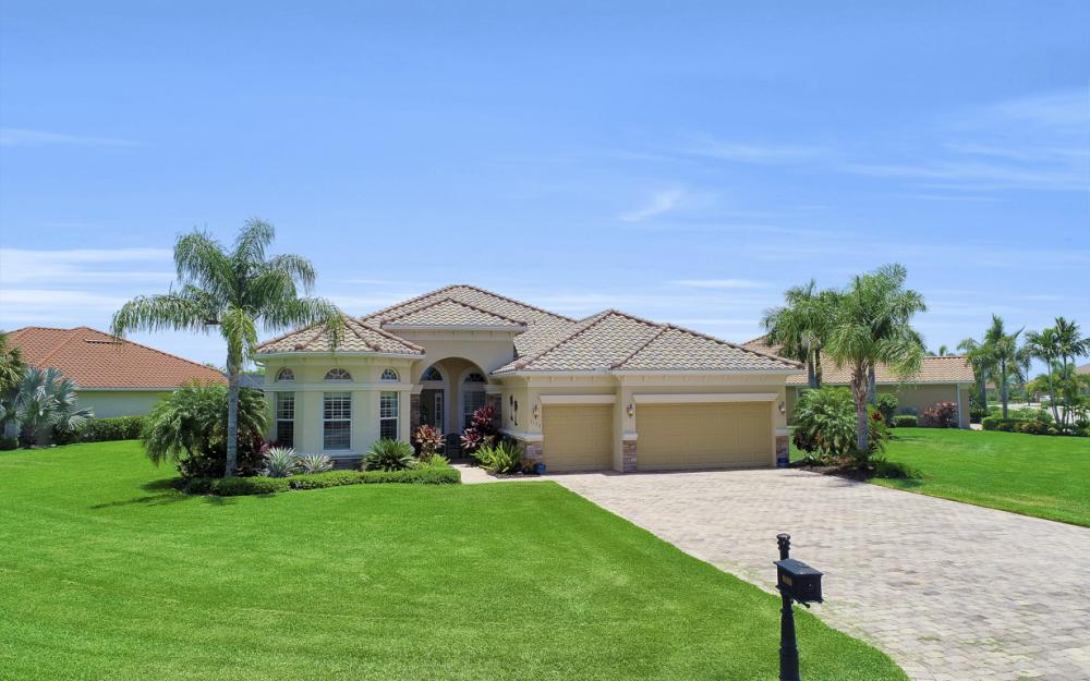 9088 Graphite Cir, Naples - Home For Sale 1097262964
