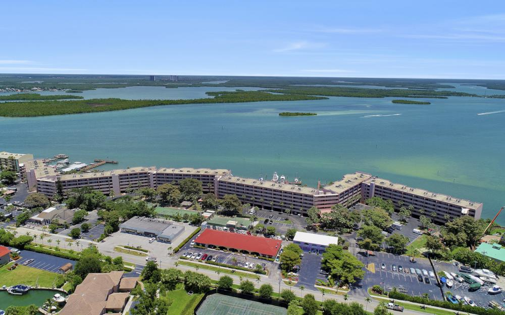 1085 Bald Eagle Dr B508, Marco Island - Vacation Rental6644 73126199