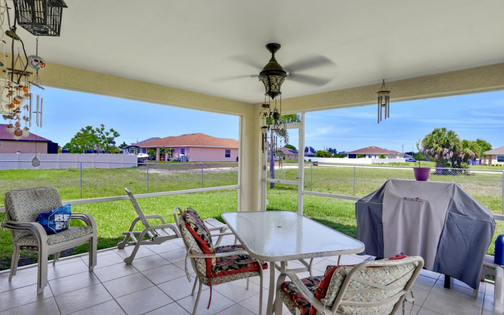 1005 NW 34th Ave, Cape Coral -Home For Sale 1982847811